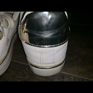 Qupid Shoes - White leather tennis shoes/ Adidas look alike